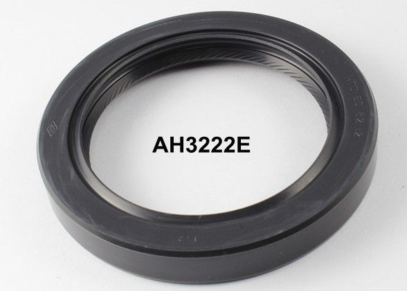 TC Hydraulic Oil Seal / Lip Seal Rubbler 60-82-12mm Size Soft Lip With Spring